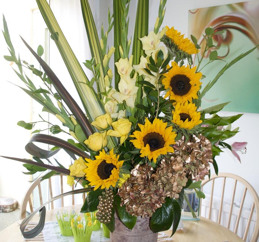 Wedding Anniversary Flower: Wedding Anniversary Flowers Brighton